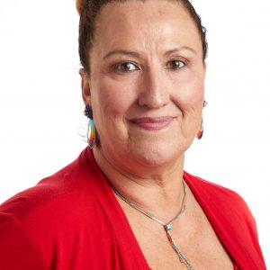 Un retrato sonriente en la cabeza de la líder miembro de SEIU Kimberly Cole