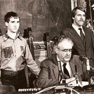 Wisconsin 1982 firma del proyecto de ley de derechos de los homosexuales